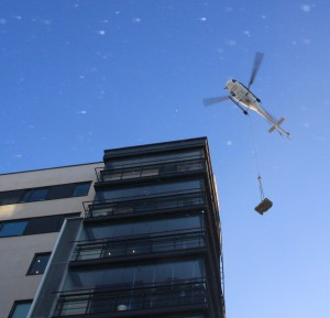 Helicopter transportation to rooftop